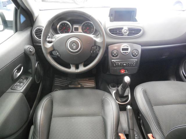 Clio Iii Exception Tomtom Tce 100