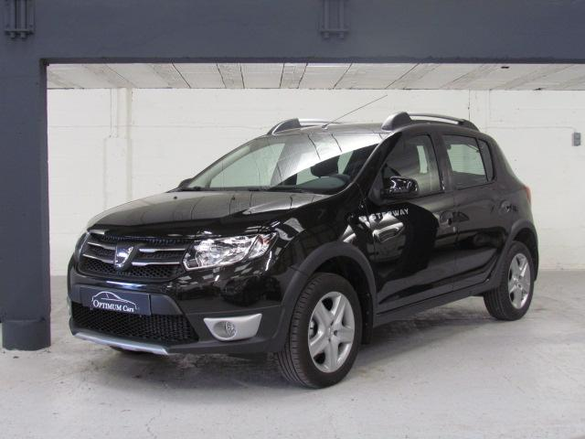 annonce voiture occasion dacia sandero tce 90 stepway prestige arras en vente sur. Black Bedroom Furniture Sets. Home Design Ideas