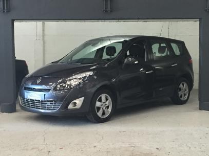 Voiture occasion Renault Grand Scenic Dynamique 1.9dci 130 en vente sur optimumcars.fr